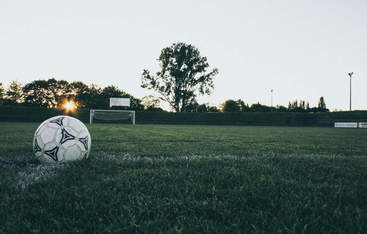 Zavarovalničar, marketingar in nogomet